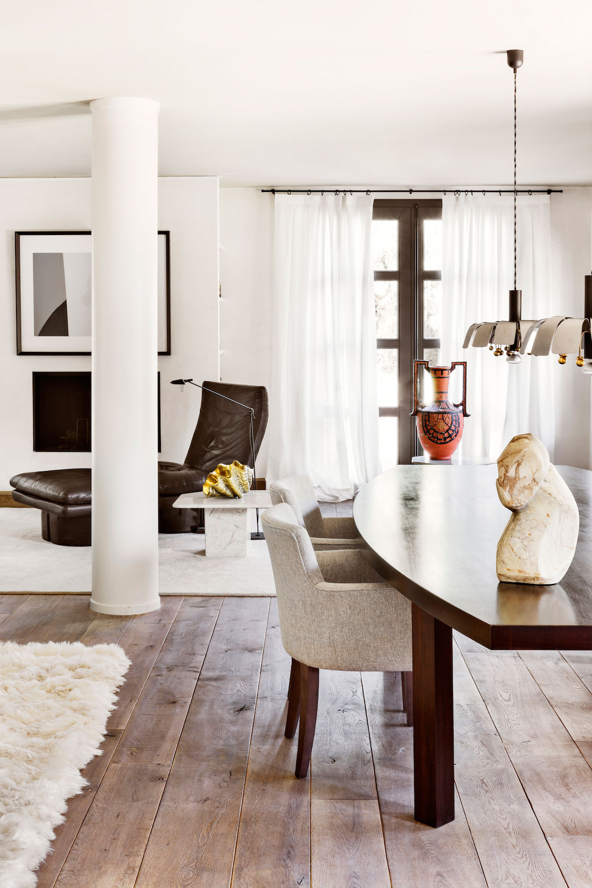 serge-castella-interiors-city-apartment-01
